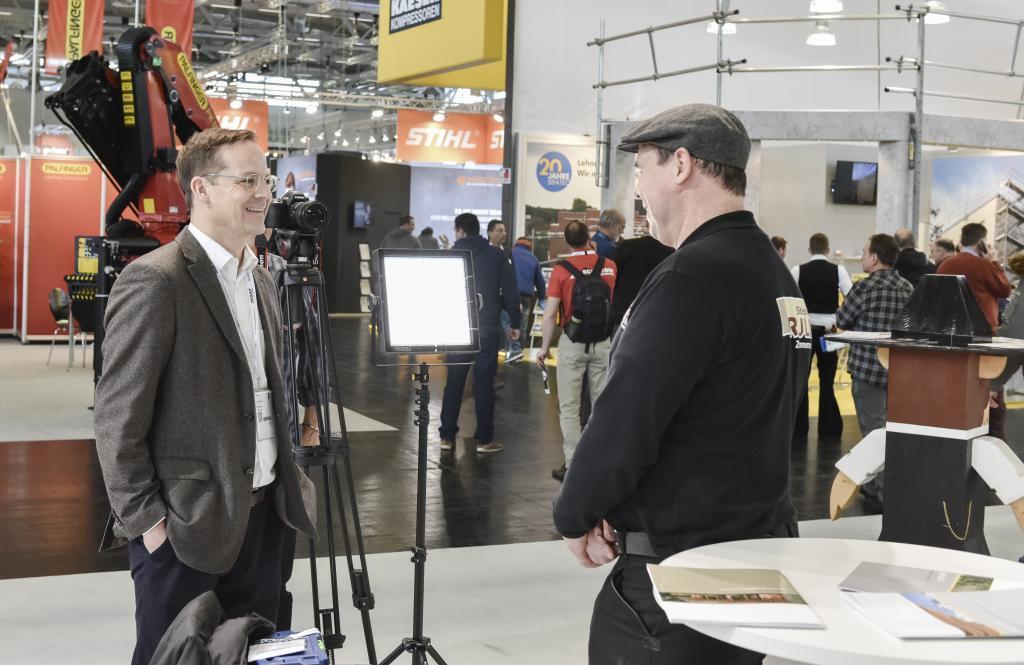 Aufnahmen von WWS Film BERLIN mit dem Zimmermeister Stéphane Erulin aus Köln