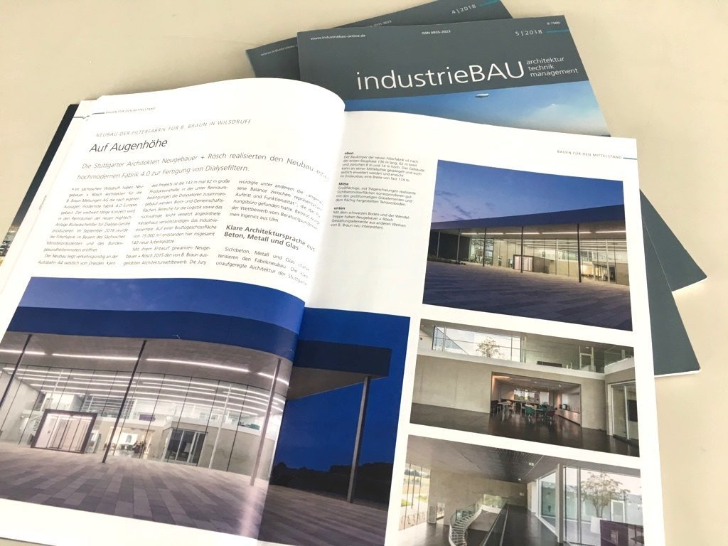 """Fachartikel in der Zeitschrift """"industrieBAU"""" über die B.Braun-Filterfabrik von Neugebauer Roesch Architekten in Wilsdruff (Sachsen)"""