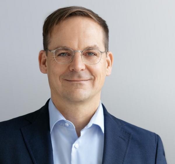 Eric Sturm: Digitale Kommunikation für Architekten, Ingenieure, Immobilien- und Baubranche