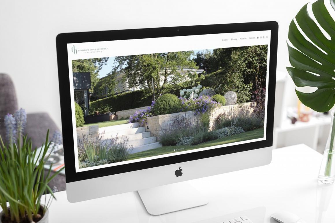 Die Startseite der neuen Website von Christane von Burkersroda auf einem iMac