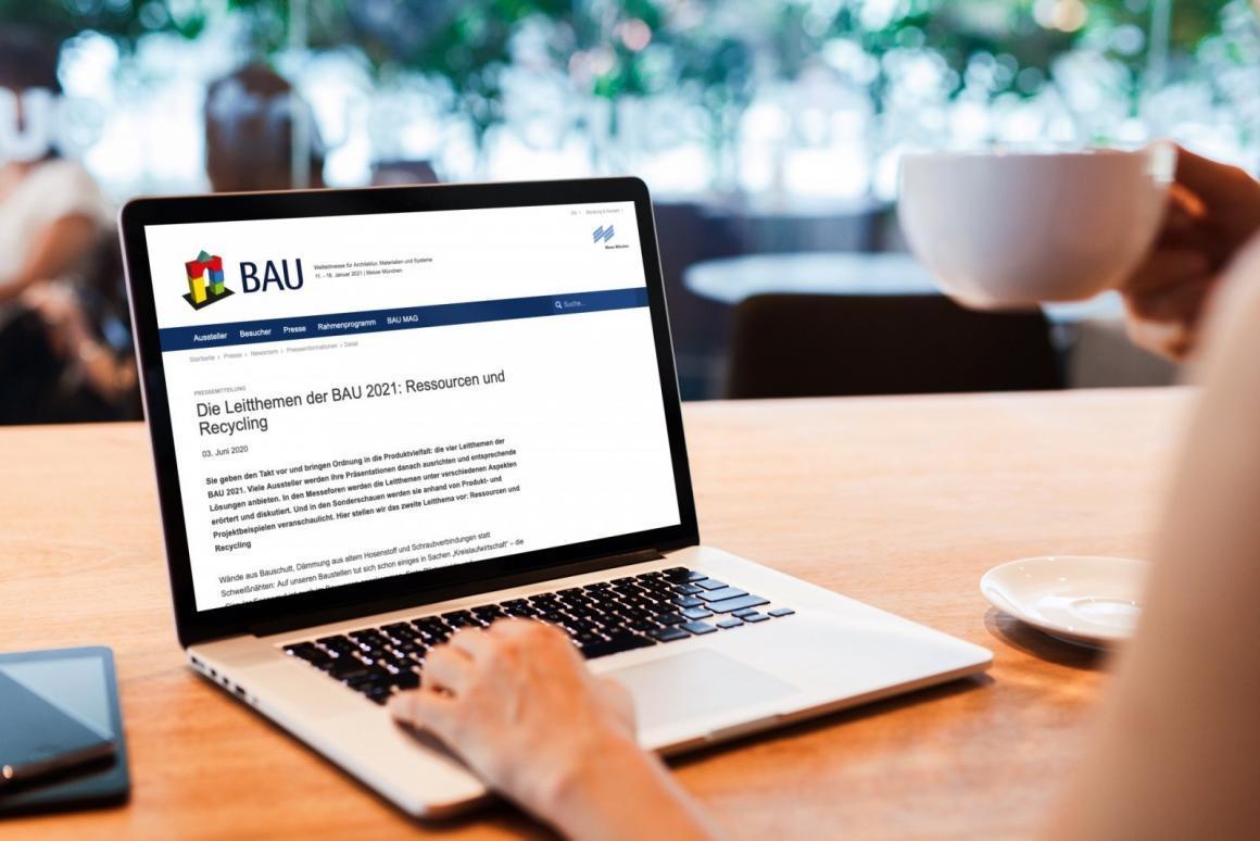 """Screenshot: Pressetext zum Leitthema """"Ressourcen und Recycling"""" auf der Website der BAU (Collage: ericsturm.de)"""