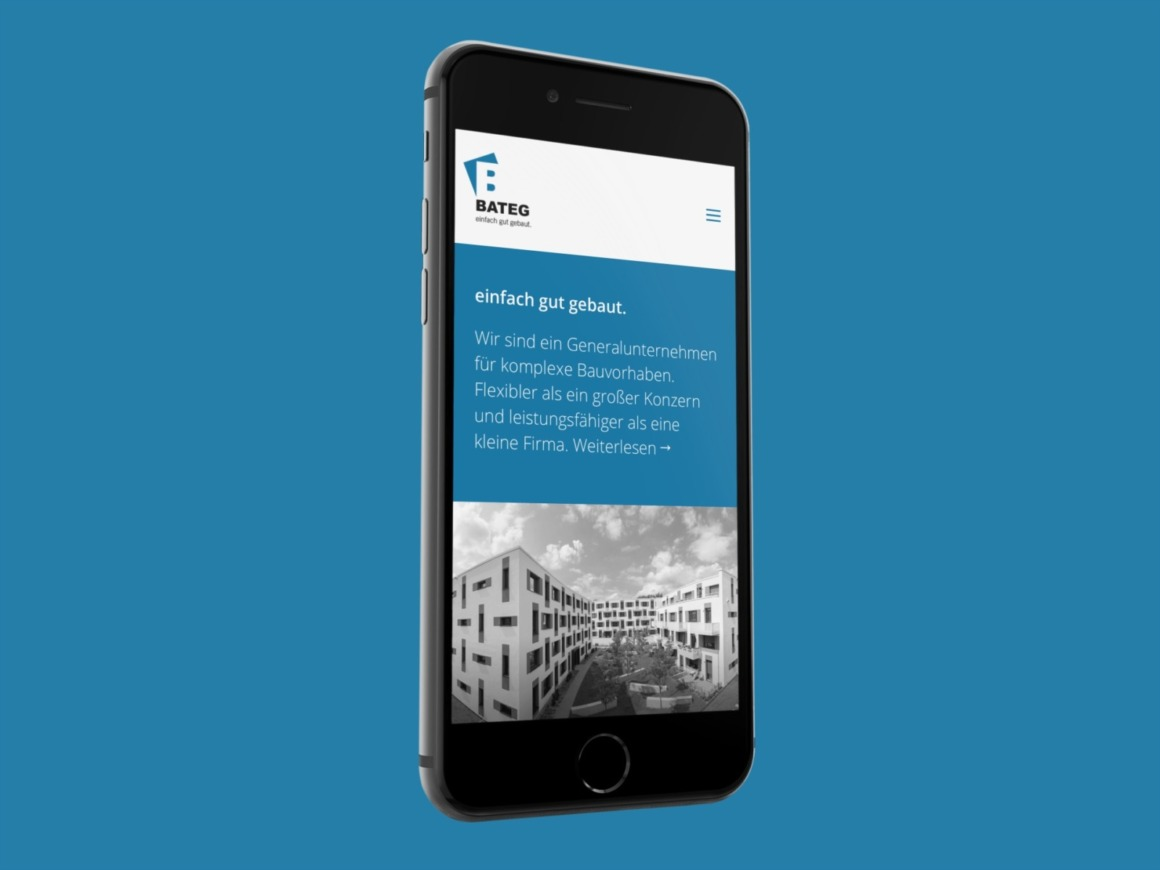 Berliner Bauunternehmen mit neuer Website: Die Startseite der BATEG auf dem iPhone (Webdesign / Screenshot: Eric Sturm)